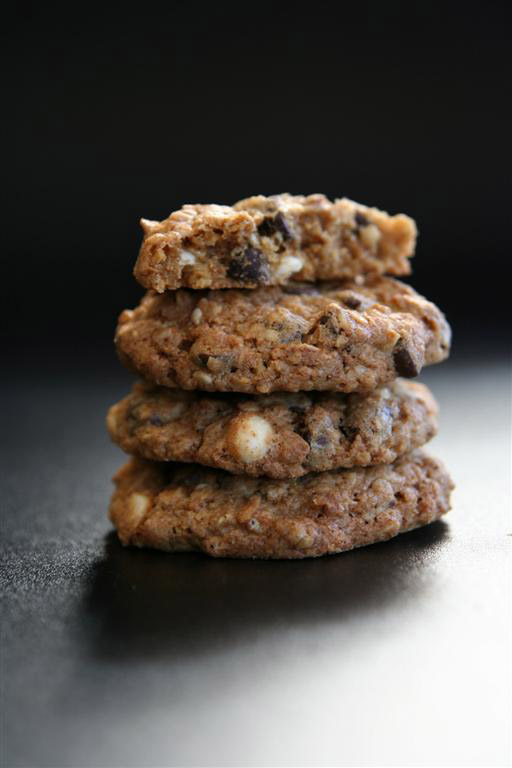 Snow Celebration-Oatmeal Raisin Walnut Cookies